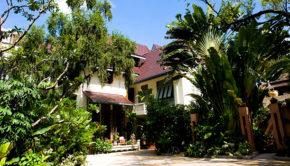 ariyasomvilla-hotel
